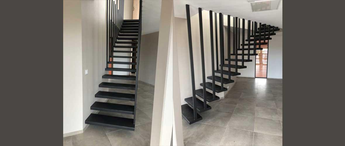 pose escalier métallique suspendu